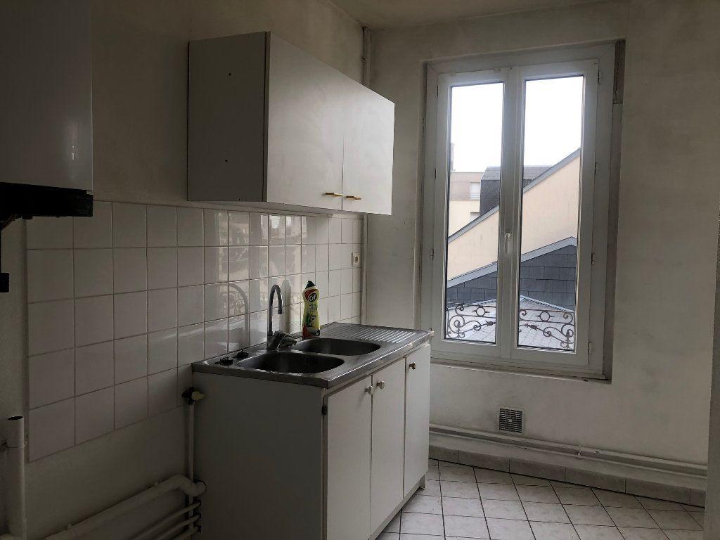 Appartement à louer 4 71.12m2 à Le Havre vignette-3