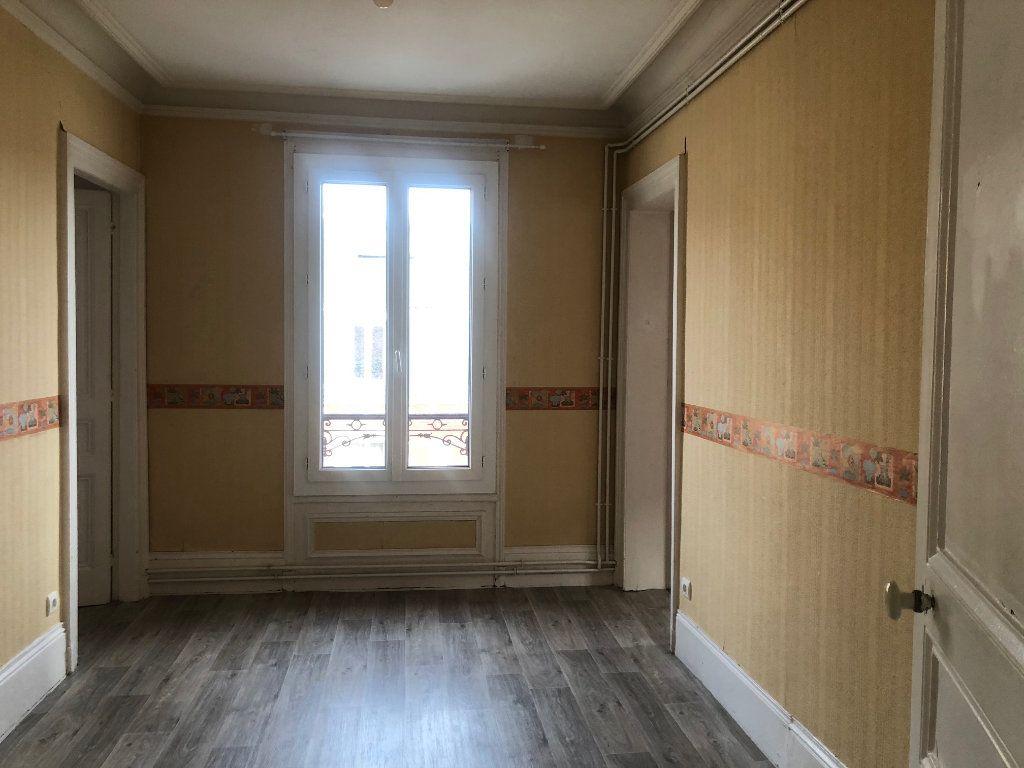 Appartement à louer 4 71.12m2 à Le Havre vignette-4