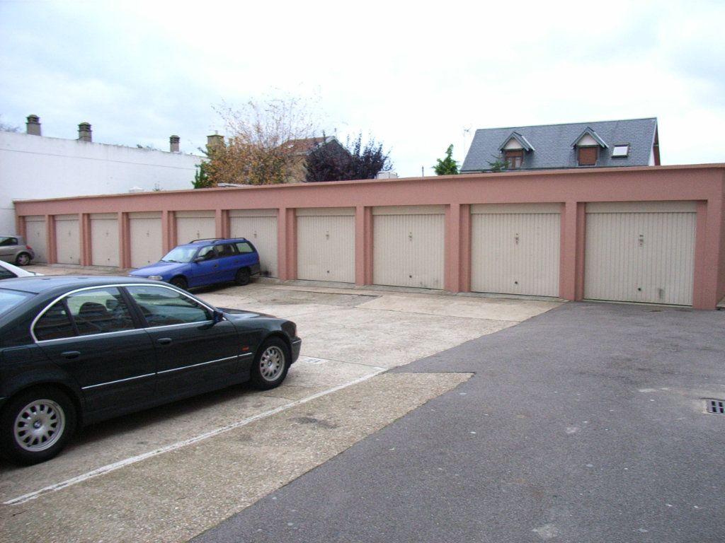 Stationnement à vendre 0 0m2 à Le Havre vignette-1