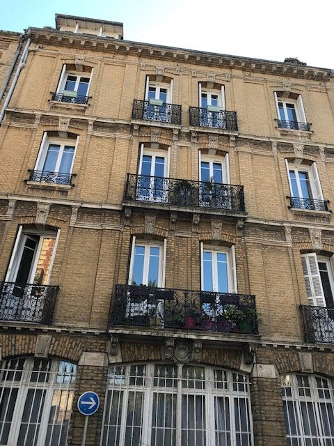 Appartement à louer 3 105.91m2 à Le Havre vignette-8