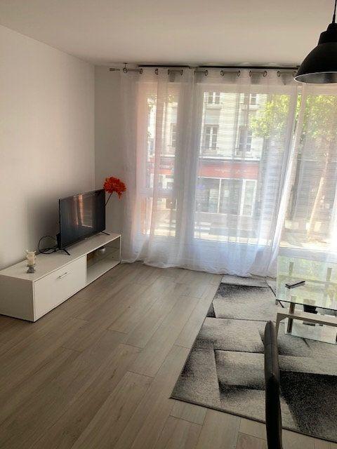 Appartement à louer 3 46.7m2 à Le Havre vignette-2