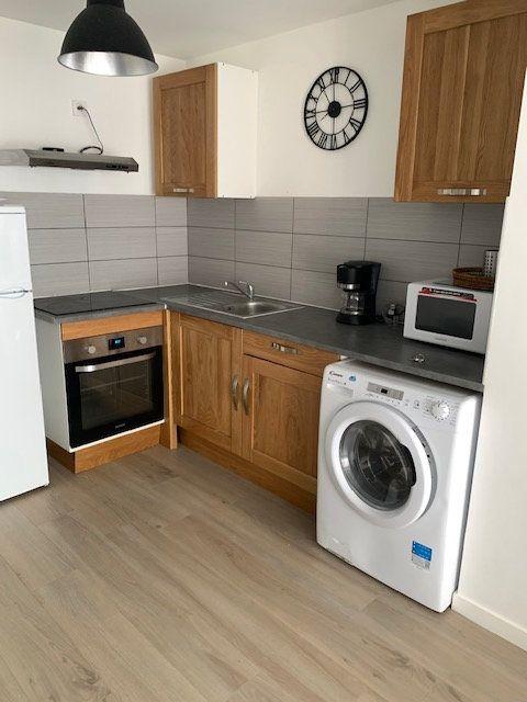 Appartement à louer 3 46.7m2 à Le Havre vignette-3