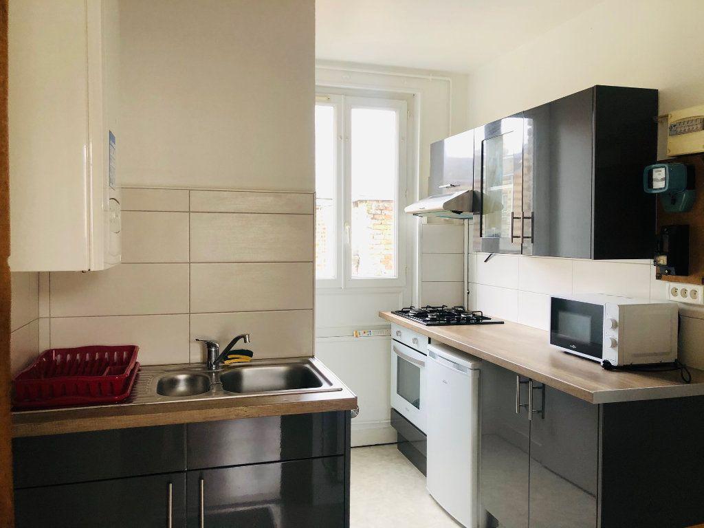 Appartement à louer 1 21.66m2 à Le Havre vignette-1