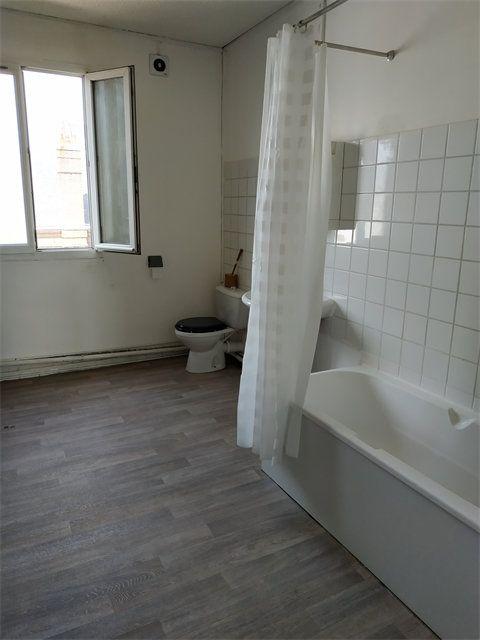 Appartement à louer 2 54m2 à Le Havre vignette-4