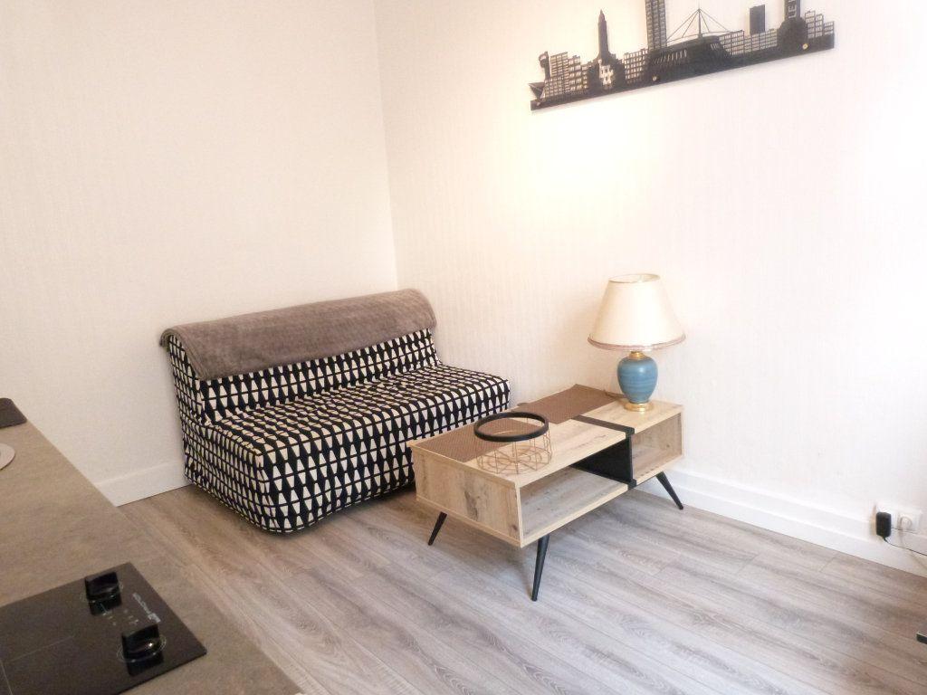 Appartement à louer 2 26m2 à Le Havre vignette-4