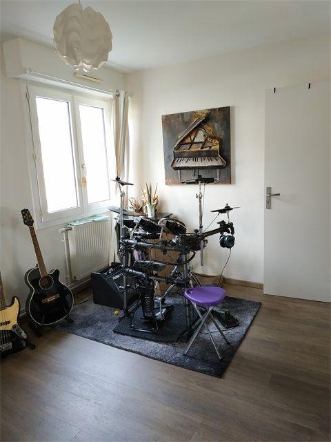 Appartement à louer 4 92.7m2 à Le Havre vignette-6