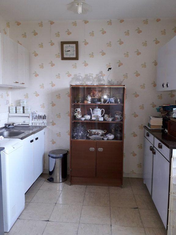 Appartement à vendre 1 33.14m2 à Pont-Audemer vignette-2