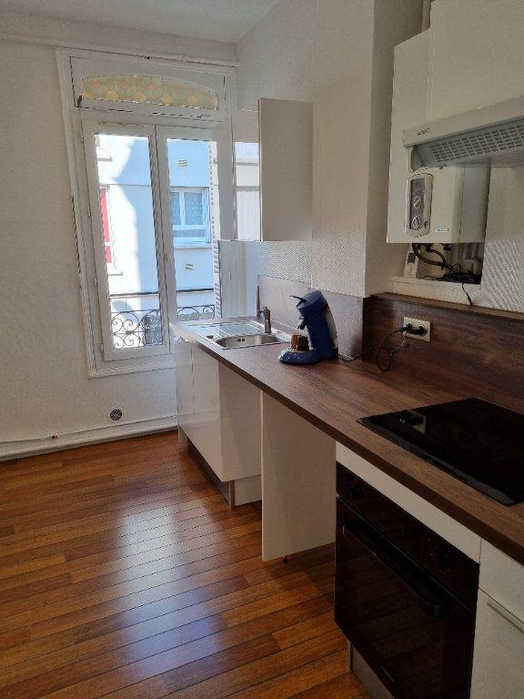 Appartement à louer 2 40.6m2 à Le Havre vignette-2