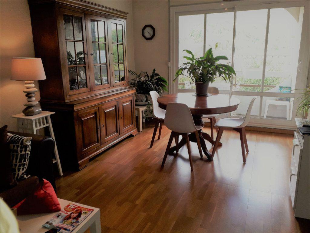 Appartement à vendre 4 79.96m2 à Pont-Audemer vignette-2