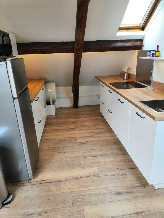 Appartement à louer 3 30.37m2 à Le Havre vignette-1
