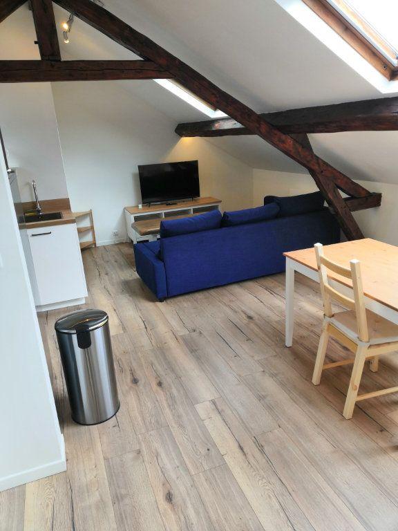 Appartement à louer 3 30.37m2 à Le Havre vignette-3