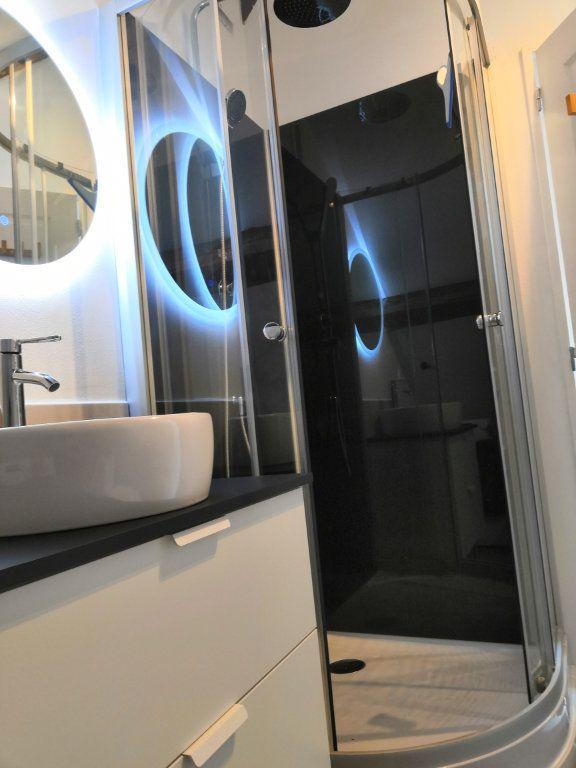 Appartement à louer 3 30.37m2 à Le Havre vignette-8