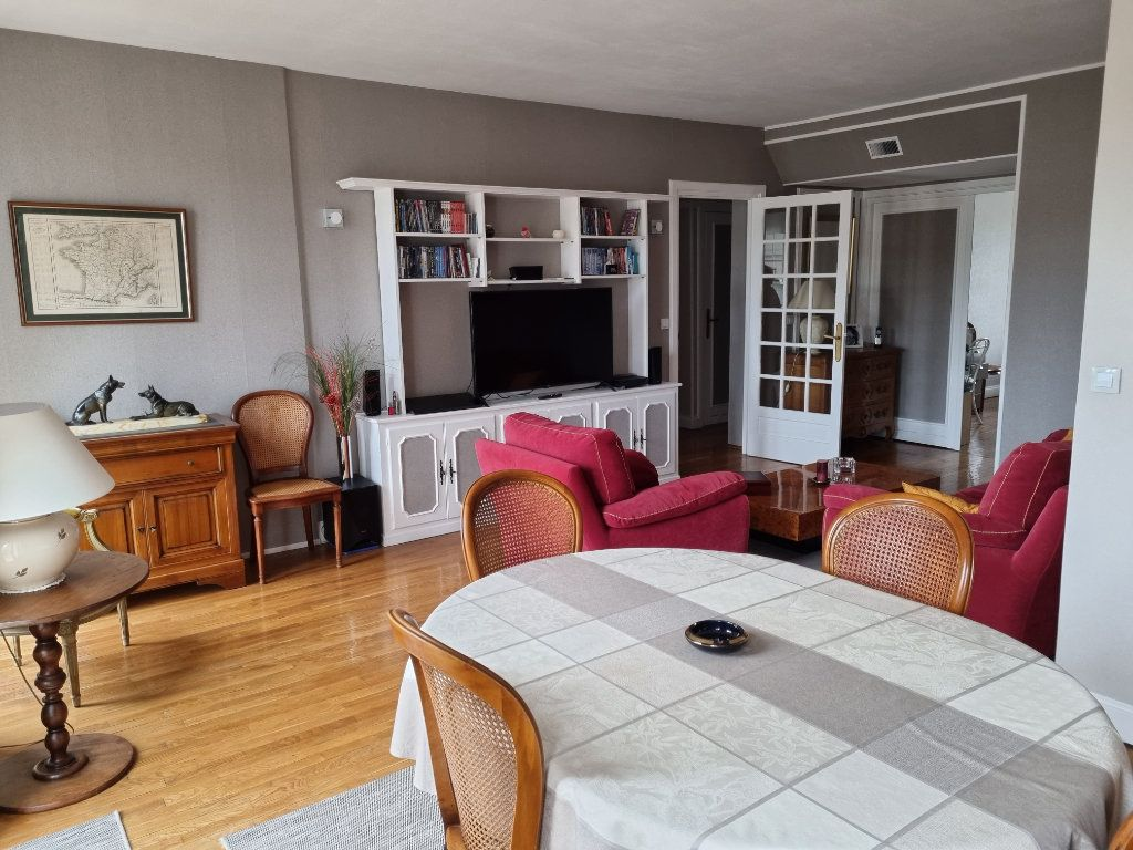 Appartement à louer 4 82.84m2 à Le Havre vignette-1