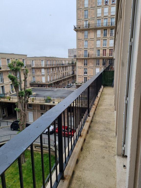 Appartement à louer 4 82.84m2 à Le Havre vignette-4