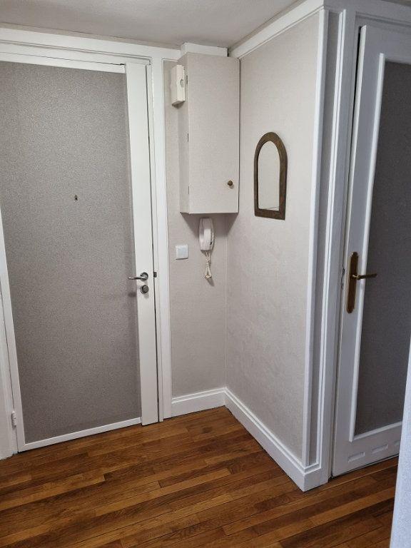Appartement à louer 4 82.84m2 à Le Havre vignette-6