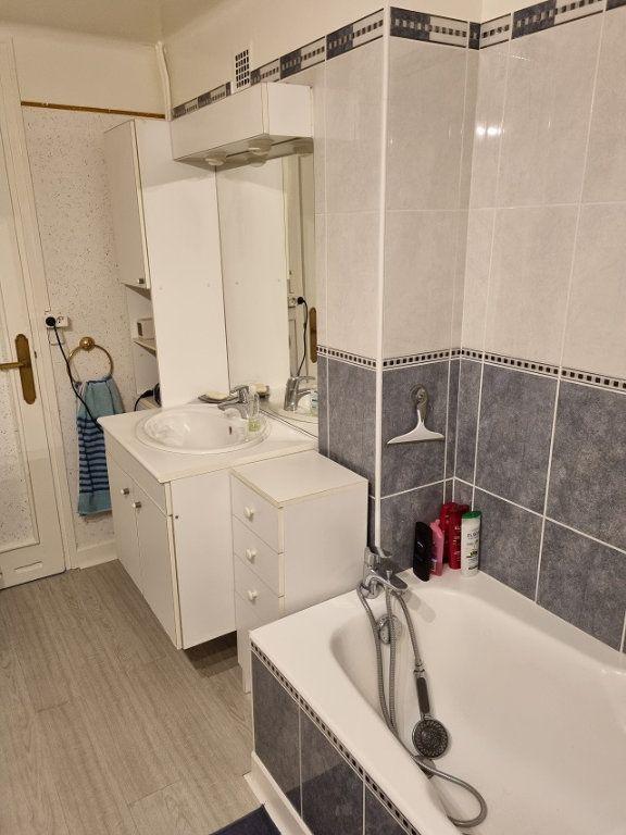 Appartement à louer 4 82.84m2 à Le Havre vignette-8