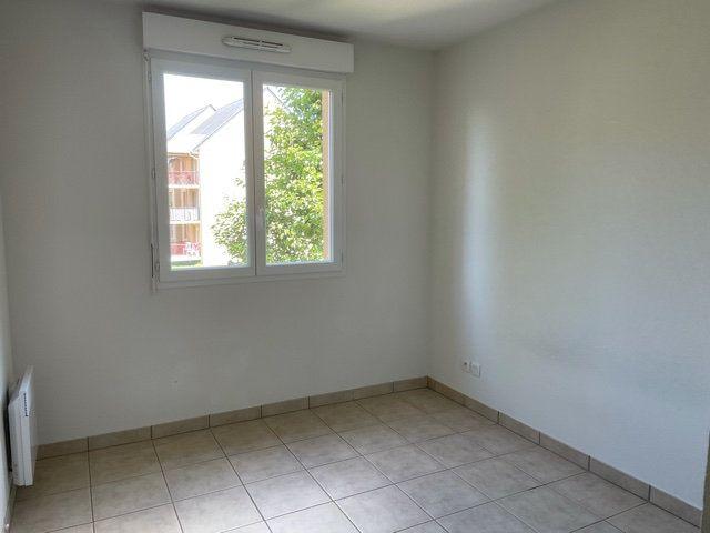 Appartement à louer 3 61.1m2 à Saint-André-les-Vergers vignette-4