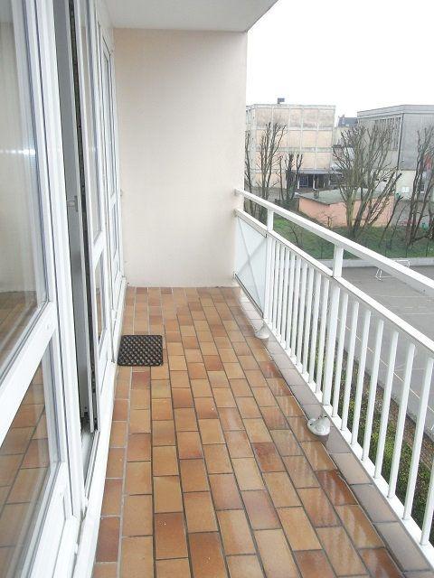 Appartement à louer 2 50.5m2 à Le Havre vignette-2