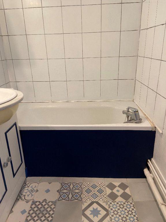 Appartement à louer 1 25.36m2 à Le Havre vignette-5