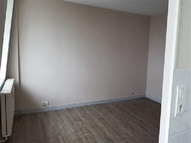 Appartement à louer 1 29.9m2 à Le Havre vignette-4