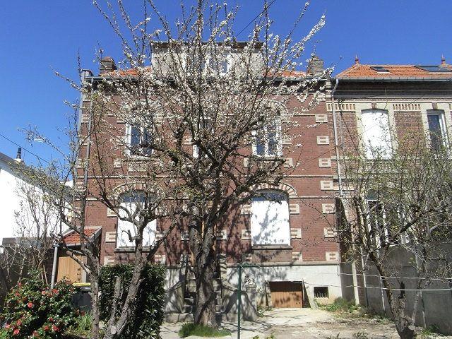Maison à louer 5 90.55m2 à Le Havre vignette-1