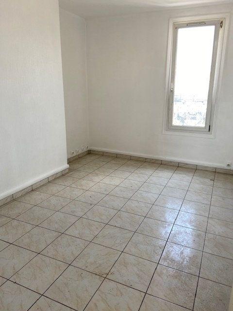 Appartement à louer 3 54.11m2 à Le Havre vignette-2