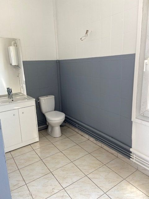 Appartement à louer 3 54.11m2 à Le Havre vignette-3