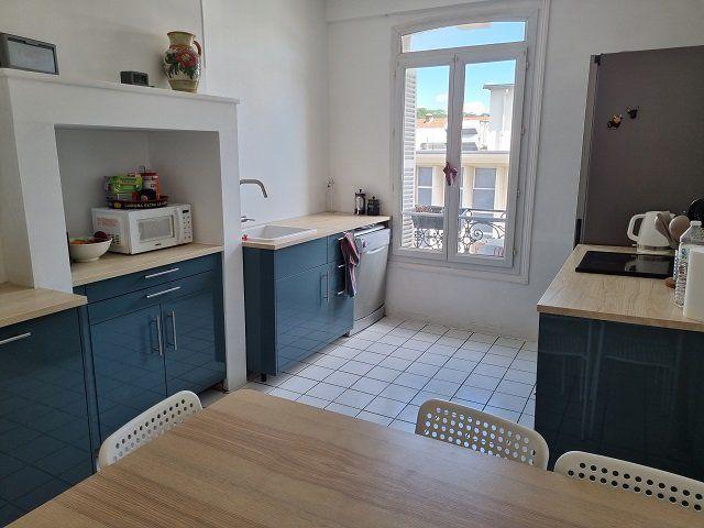 Appartement à louer 5 124.65m2 à Le Havre vignette-6