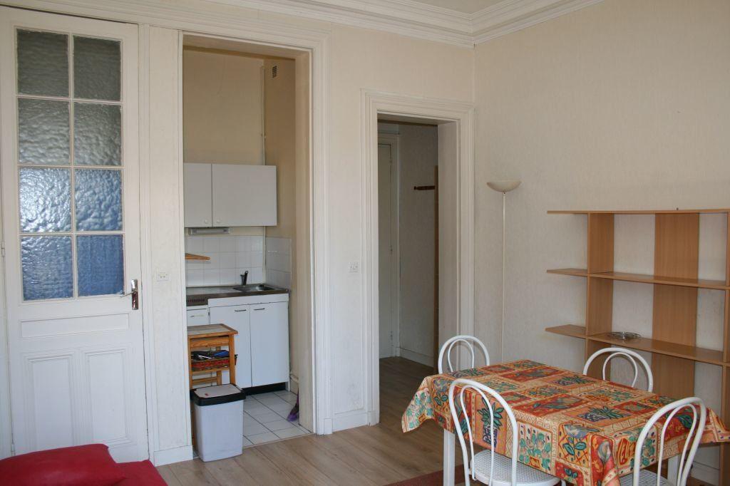 Appartement à louer 1 23.44m2 à Le Havre vignette-1