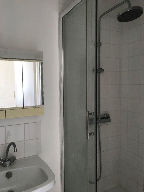 Appartement à louer 2 39.7m2 à Le Havre vignette-5