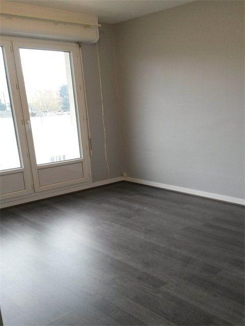 Appartement à louer 3 65.23m2 à Le Havre vignette-2