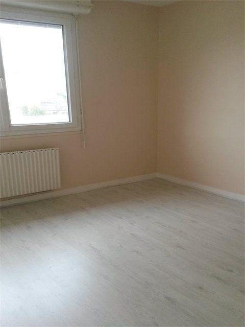 Appartement à louer 3 65.23m2 à Le Havre vignette-3