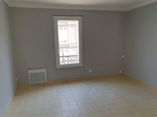 Appartement à louer 4 77.92m2 à Le Havre vignette-4