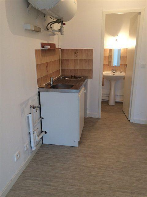 Appartement à louer 1 17.88m2 à Le Havre vignette-5