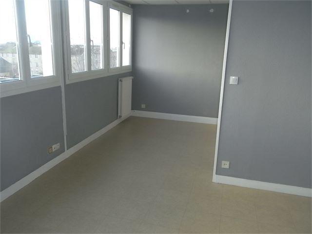 Appartement à louer 3 60.2m2 à Le Havre vignette-2
