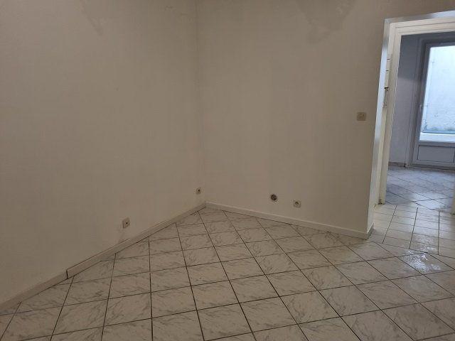 Appartement à louer 0 25.87m2 à Le Havre vignette-2
