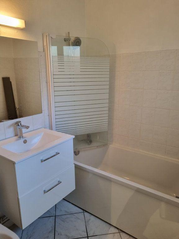 Appartement à louer 0 25.87m2 à Le Havre vignette-3