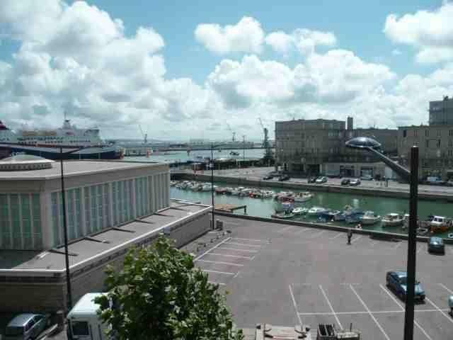 Appartement à louer 3 63.68m2 à Le Havre vignette-1