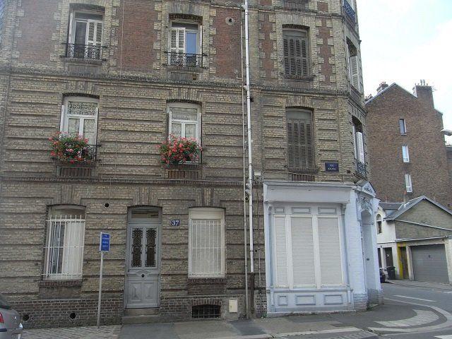 Appartement à louer 2 28.8m2 à Le Havre vignette-1