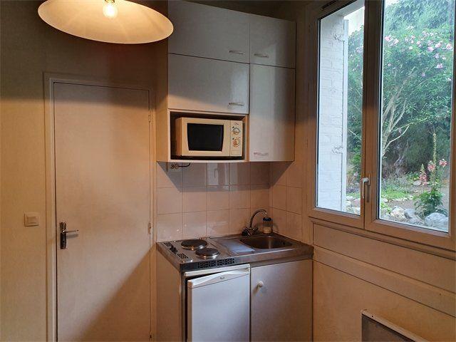 Appartement à louer 1 11.23m2 à Le Havre vignette-3