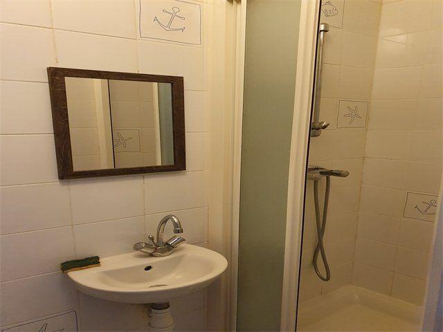Appartement à louer 1 11.23m2 à Le Havre vignette-4