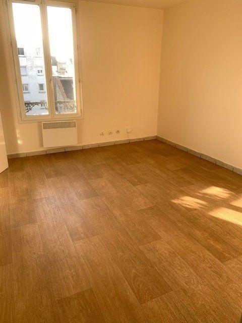 Appartement à louer 2 33.47m2 à Le Havre vignette-1