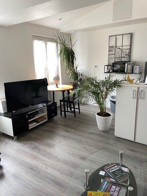 Appartement à louer 2 28m2 à Le Havre vignette-1