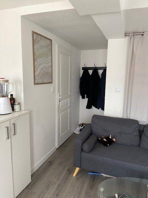Appartement à louer 2 28m2 à Le Havre vignette-2