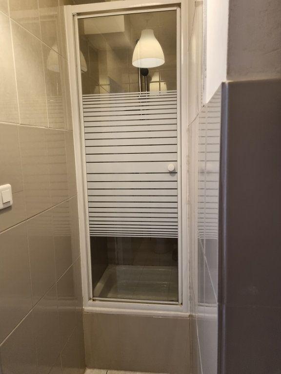 Appartement à louer 1 18.92m2 à Le Havre vignette-5