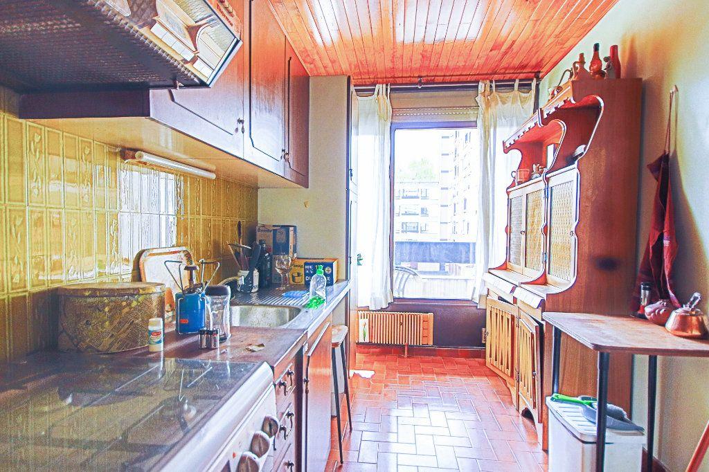 Appartement à vendre 4 79.24m2 à Annecy-le-Vieux vignette-3