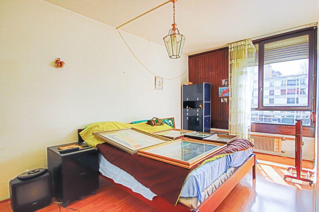 Appartement à vendre 4 79.24m2 à Annecy-le-Vieux vignette-4