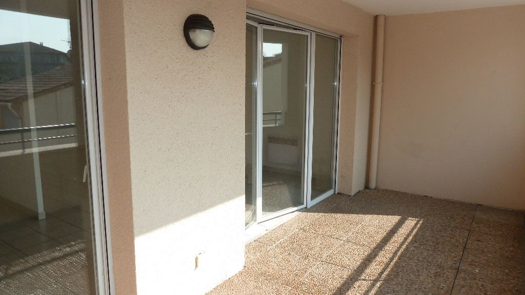 Appartement à louer 3 65.8m2 à Saint-Jean-de-Védas vignette-10