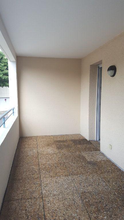 Appartement à louer 3 65.8m2 à Saint-Jean-de-Védas vignette-11