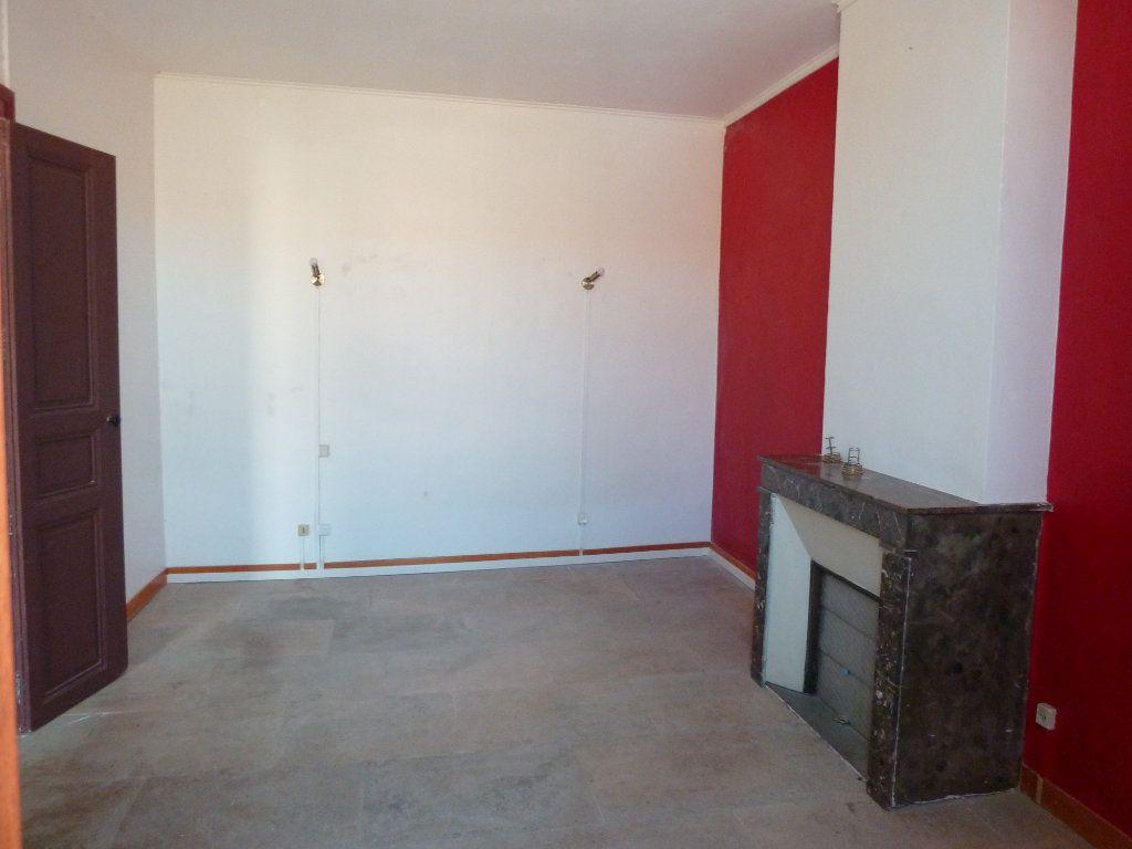 Appartement à louer 4 120m2 à Cournonterral vignette-5